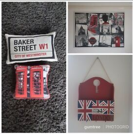 London feature items