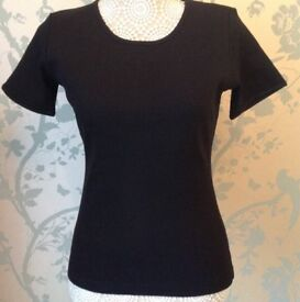 Women's Clothing Black Short Sleeve Top Size Medium NEW