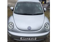 2002 VW BEETLE 2.0 LITRE, 3 DOOR. SILVER. 12 MONTHS MOT. 3 MONTHS WARRANTY / CREDIT OR DEBIT CARDS