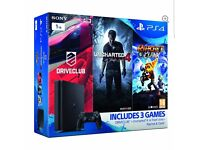 Playstation 4, 1tb! Great bundle with charging dock!