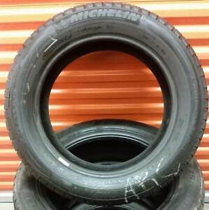 (ZH63) 1 Pneu dHiver - 1 Winter Tire 225-55-17 Michelin 8/32
