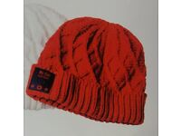 Bluetooth Beanie hat, ideal for joggers. Keep your phone in your pocket, no wires.