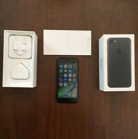 iPhone 7 128gb MINT LIKE NEW UNLOCKED