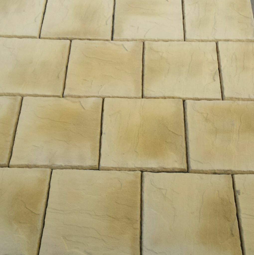 Concrete Paving Patio Slabs in Cotswold Buff 600x600