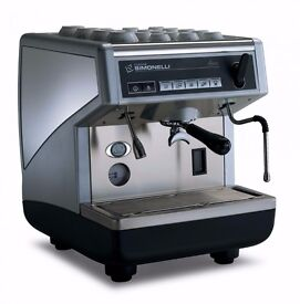 Coffee Machine, Grinder and Knock Out Drawer, fully serviced, excellent condition, can deliver.