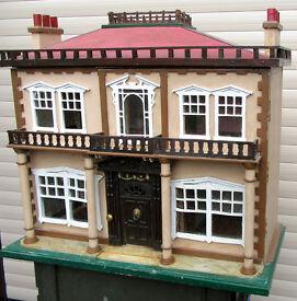 Victorian/edwardian Antique Dolls House,
