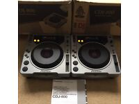 2 X Pioneer CDJ 800 With Original Boxes, Instructions & Power Cables