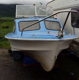 Shetland 535 boat and Tohatsu 25hp outboard.
