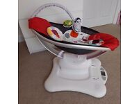 4moms Mamaroo Swing,Helps Unsettled Babies (courier £13.00)