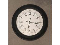 Black Roman numeral/Hindi-Arabic numeral wall clock