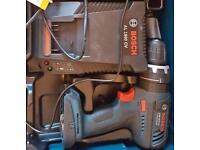 Bosch GSB-18v professional & changers like new