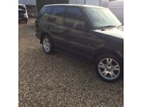 NEEDS A COUPLE OF JOBS RANGE ROVER 2.5 DIESEL AUTOMATIC FULLY LOADED 4X4 MOT JAN 19 FULL LEATHER