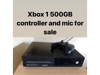 XBOX ONE 500GB comes with controller and mic