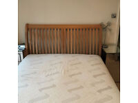 Beautiful king size bed frame, oak, no mattress, 5ft wide, vgc