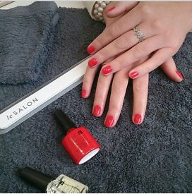 Mobile Beauty/Nails/Tanning - fully insured reliable therapist .