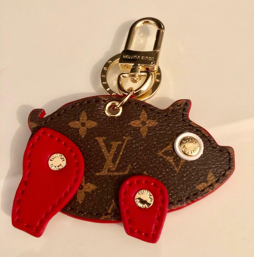 05fdf6193b36 Louis Vuitton Pig Bag Charm and Key holder