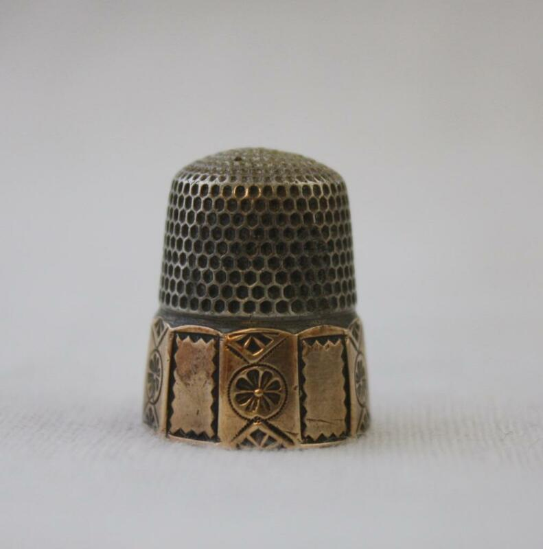 Antique Stern Bros Thimble Gold Silver Size 9 Paneled
