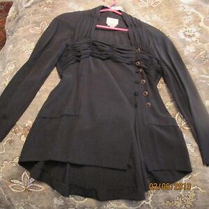 Jacket pour femme couleur noir West Island Greater Montréal image 2