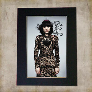 JESSIE-J-Signed-Mounted-Autograph-Photo-Print-A5
