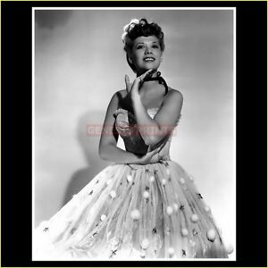 Dinah Shore Photograph : 10