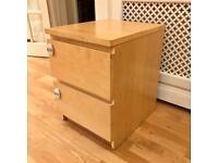 Lovely Chest of 2 Drawers, Oak Finish, Full Working Order, Bargain!