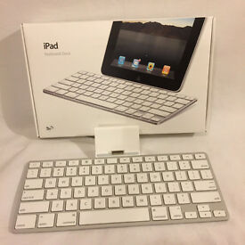 Apple iPad Docking Station Keyboard A1359 White (box not included)