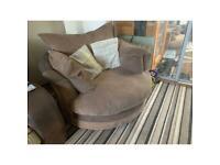 Spinning scs sofa