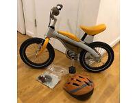 2 in 1 BMW child bike - balance and pedal bike incl helmet