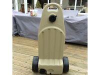 Caravan/motorhome waste water container