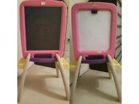 Early learners easel in pink