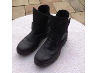 Daytona motorcycle boots - Size 40 (6.5 UK)