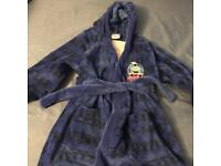 Boys' dressing gown age 5-6 Thomas the Tank