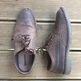 Sebago shoes size 10