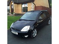 2005 Ford Fiesta Zetec 1.4 Petrol in Panther Black with 81k miles!