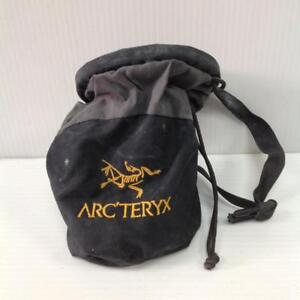 ArcTeryk Chalk Bag ( New Approx $45.00) ( Pre-owned CS6S7N)