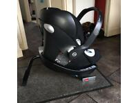 Mamas and Papas Car Seat and Isofix Alton Q