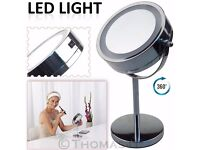 Round Magnifying LED Bathroom Make Up Mirror BRAND NEW