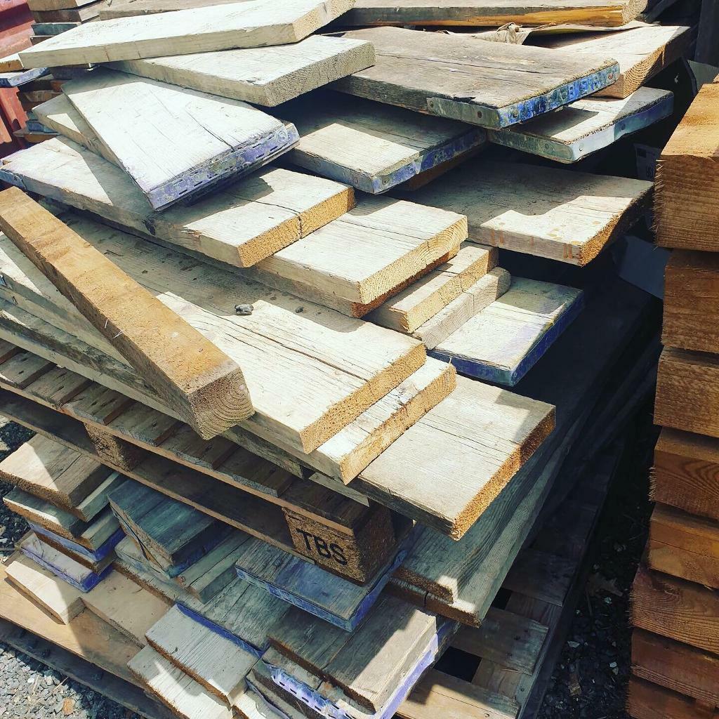 5ft reclaimed scaffold boards | in Rainham, London | Gumtree