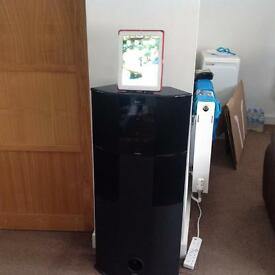 Rocco Bluetooth wireless 2-1 channel tower hi-fi speaker