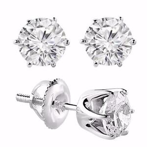 WHITE GOLD DIAMOND EARINGS 1.00 CTW / BOUCLES DOREILLES EN DIAMANTS DE 1.00 CARAT SUR OR 14K