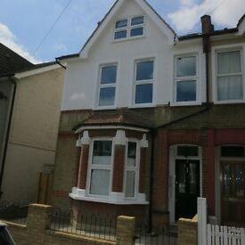 Stunning, Newly Refurbished 2 Double Bedroom Flat in Immaculate Victorian House, Thornton Heath