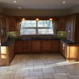 Solid oak and granite kitchen for sale -excellent condition.