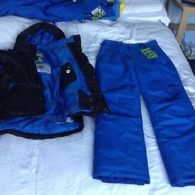 New mens size small no fear ski jacket and padded trousers