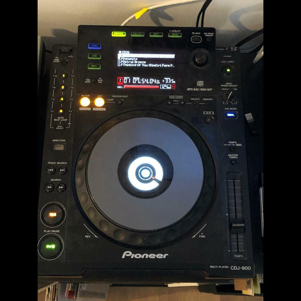 2x Pioneer CDJ 900 decks/turntables/DJ | in Hackney, London | Gumtree