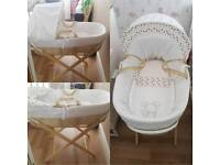 Moses basket with mattress and stand