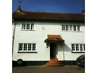 Double room in large cottage on edge of Exeter