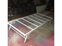 Folding single bed base