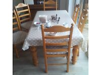 Dining Table and 6 chairs - solid wood - legs detachable