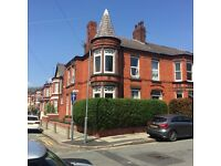 Plattsville Road L18 - 5 bed furnished house to let for professionals or students