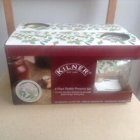 Kilner set of six Christmas jars